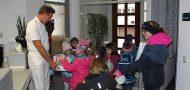 Kindergartenkinder besuchen Zahnarzt in Friedrichshafen